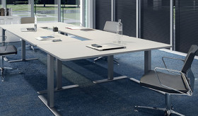 WORKSTATIONS TABLES